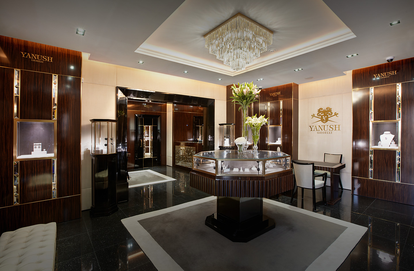 Yanush jewelry by katz jewelry boutique luxury interior for Boutique luxury